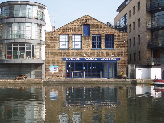 A Victorian warehouse beside the water in central London