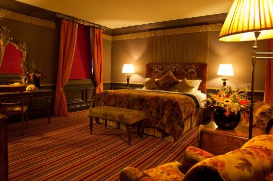 Victorian Deluxe Bedroom