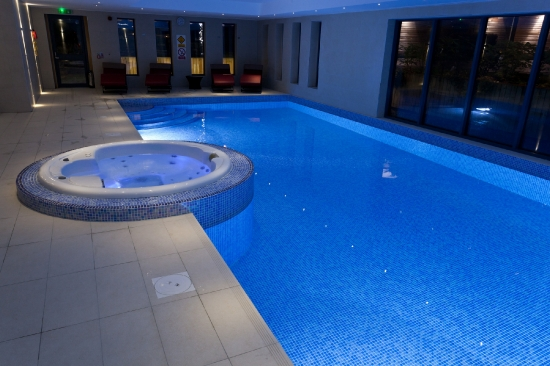 Leisure Suite & Spa