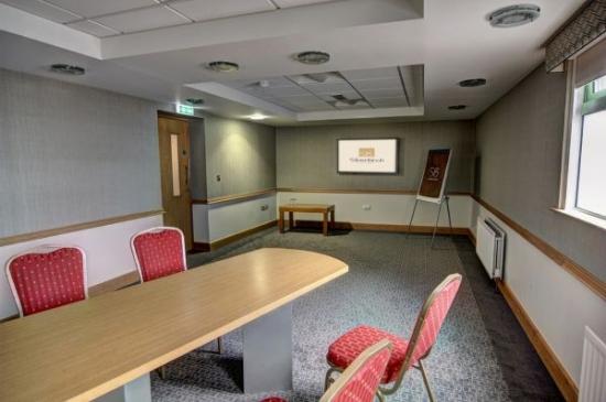 Silverbirch Hotel & Business Centre