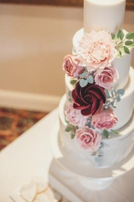 Storeybook Wedding Cakes